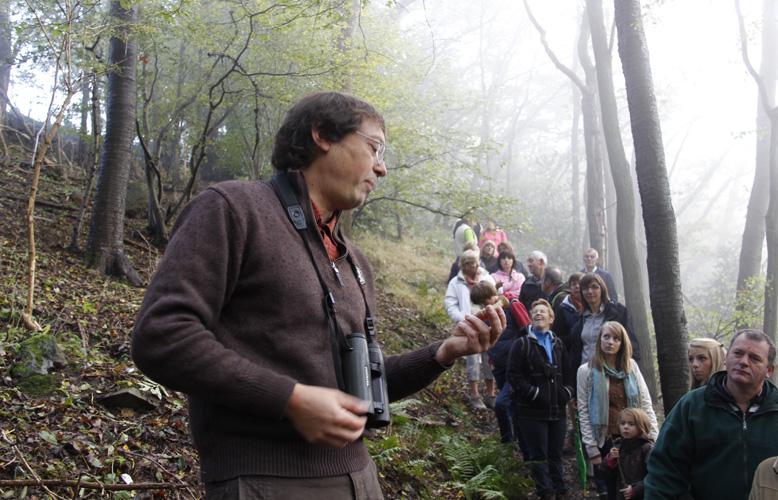 Cédric, notre guide, en pleine expliquation